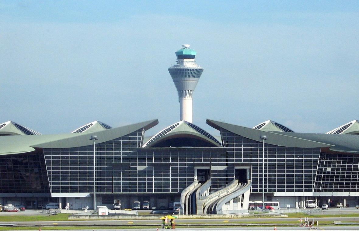 آشنایی با فرودگاه کوالالامپور مالزی