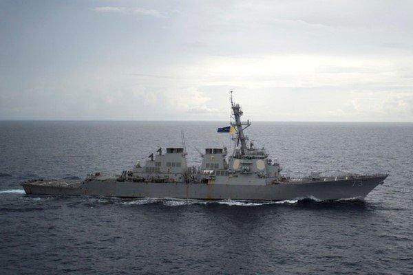 ناوشکن سهند و دو زیر دریایی کلاس غدیر در بندرعباس رونمایی می گردد