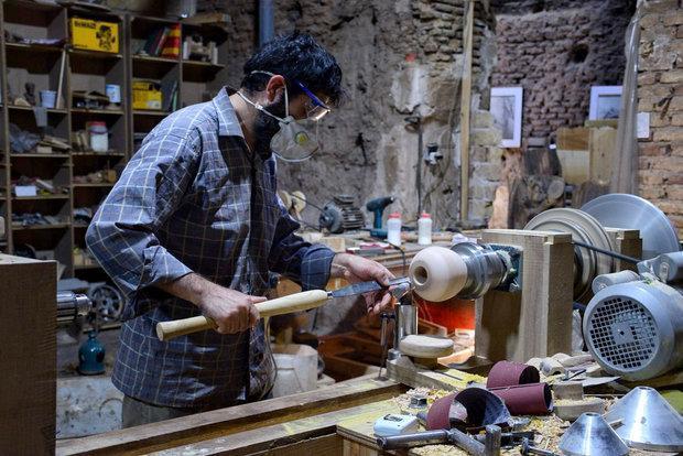 هویت ایرانی در کارگاهی هنری، نجاری با چاشنی هنر و عشق