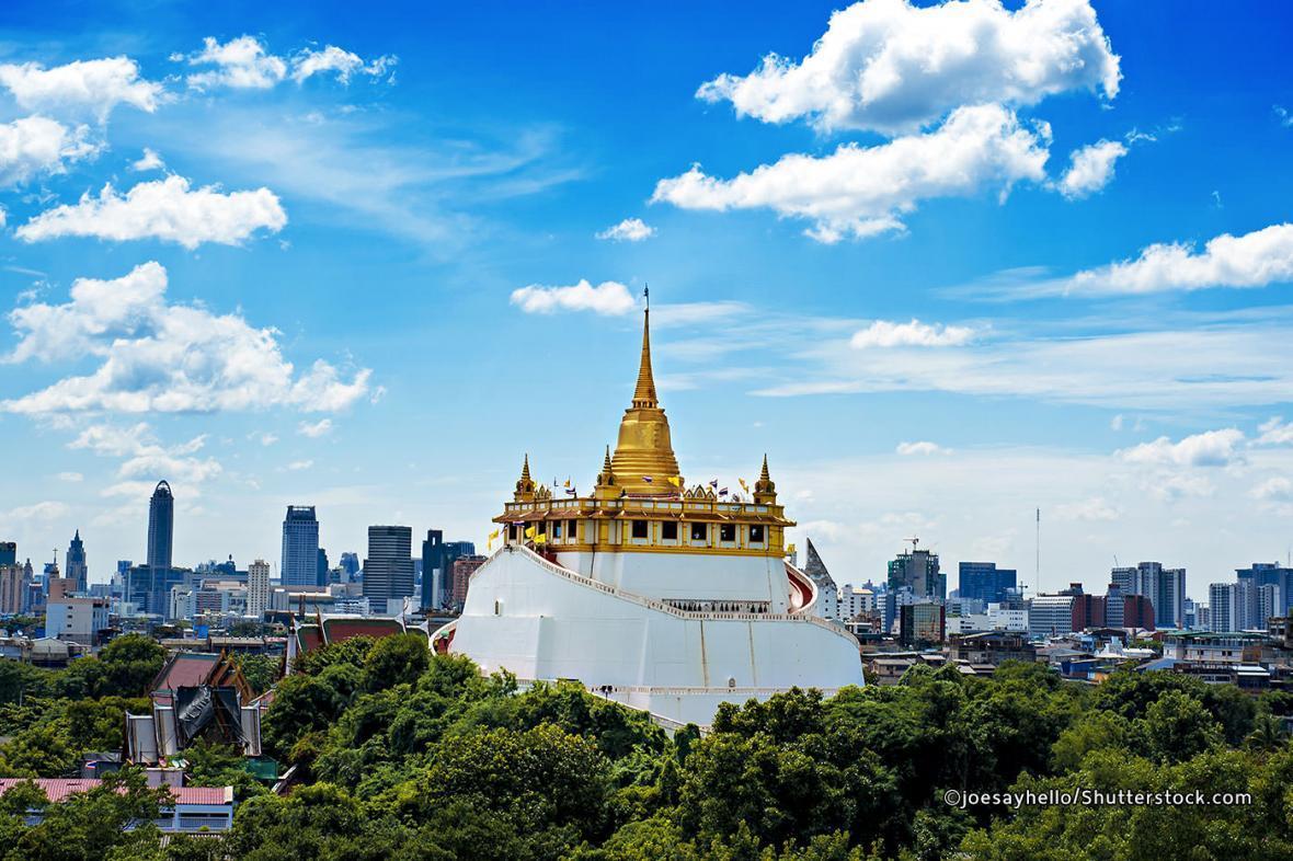 معبد ساکت و کوه طلایی در بانکوک تایلند