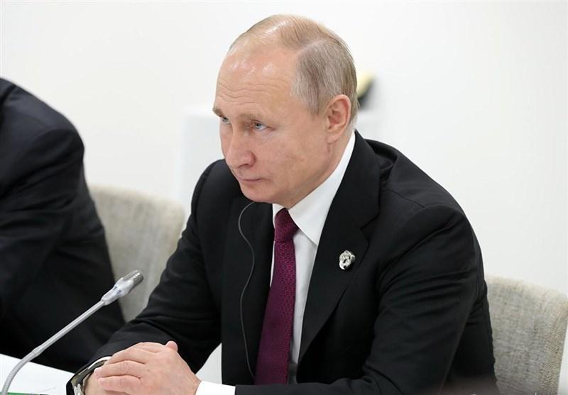 تأکید پوتین بر نقش موثر همکاری های روسیه-چین-هند در عرصه جهانی