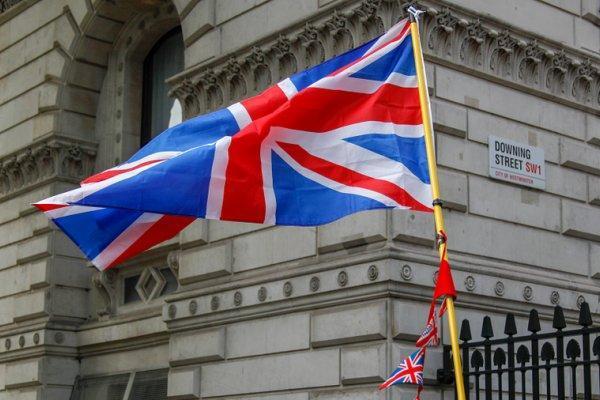 انگلیس به حملات ارتش یمن علیه تاسیسات نفتی عربستان واکنش نشان داد