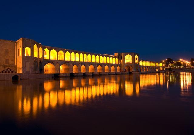 گزارش یورومانیتور از پست و بلندی گردشگری ایران