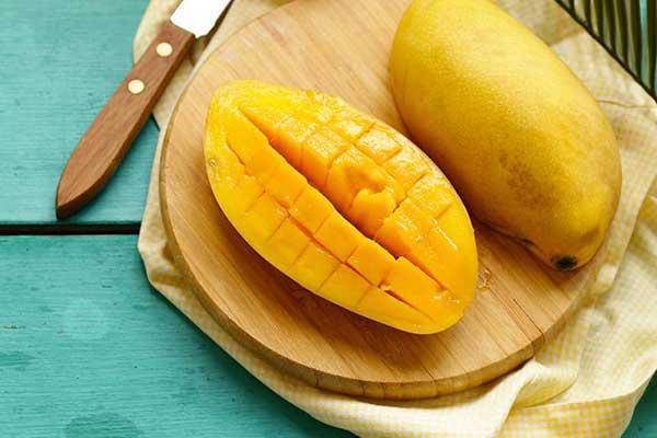 در خوردن این میوه ها احتیاط کنید!