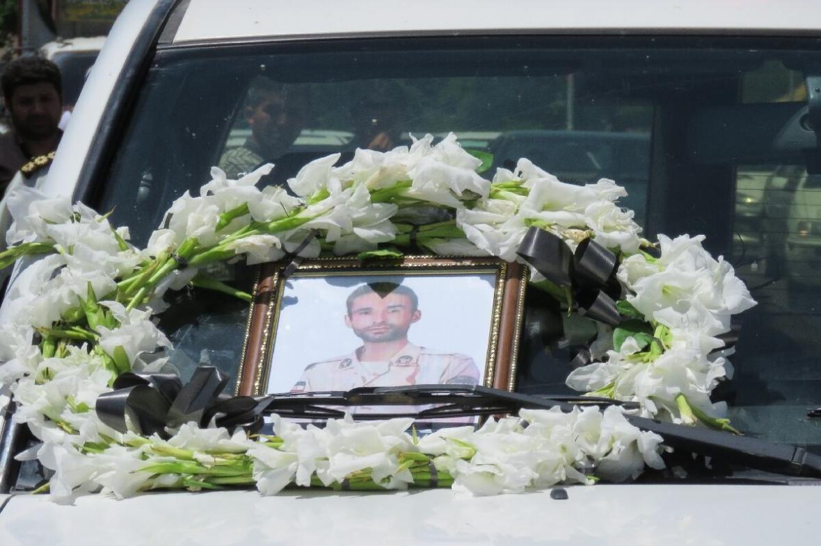 خبرنگاران ستاد کرونای مراغه: مراسم تشییع شهید بهره ور به صورت رسمی برگزار نخواهد شد