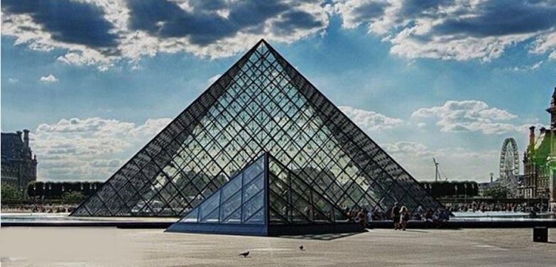 بازگشایی درهای موزه لوور فرانسه