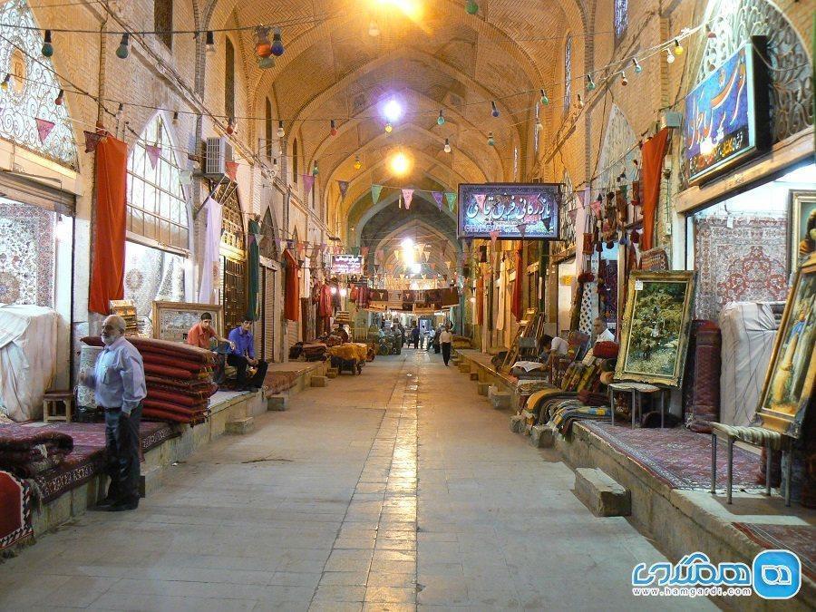 بازار وکیل در شیراز؛ نگینی درخشان بر سینه گردشگری ایران
