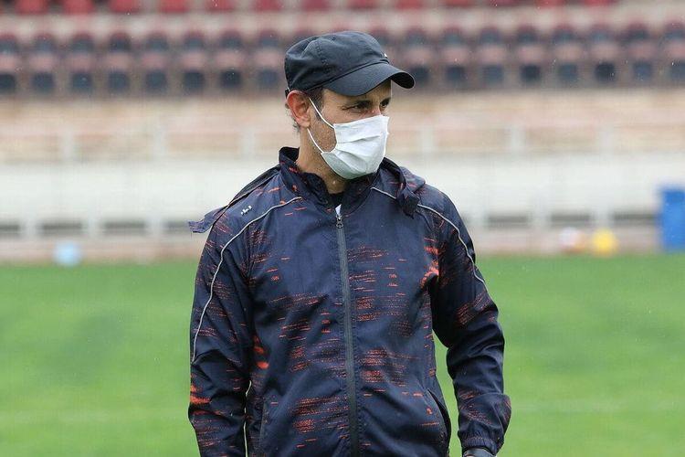 گل محمدی: هنوز برای جذب بازیکن کوشش می کنیم
