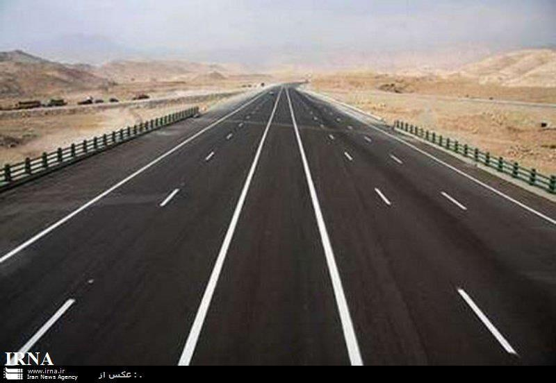خبرنگاران پیشرفت فیزیکی باند دوم جاده سه راهی صحرا -رضی به 56 درصد رسید