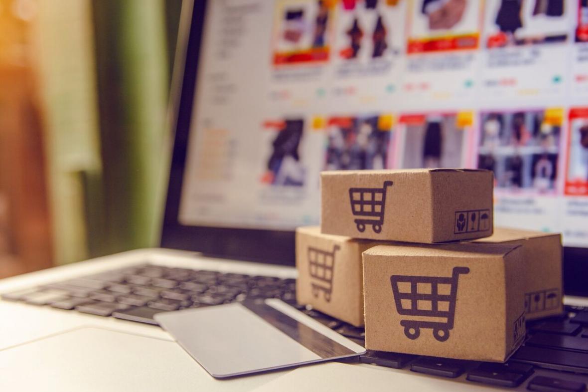 چطور کسب و کار سنتی خود را آنلاین کنیم؟