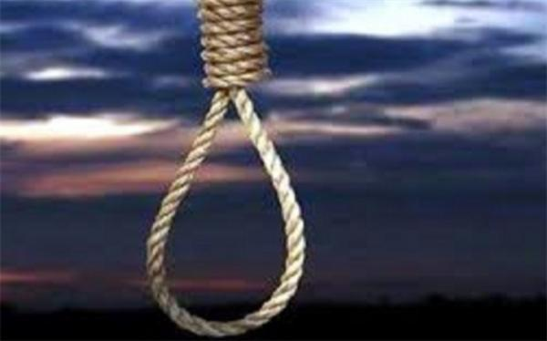 چوبه دار مجازات قاتل پدر و نامادری