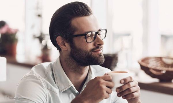 چگونه بهترین عینک مناسب چهره مان را انتخاب کنیم؟