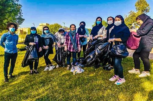 حاشیه رودخانه دز از سوی دانشجویان دانشگاه علوم پزشکی دزفول پاکسازی شد