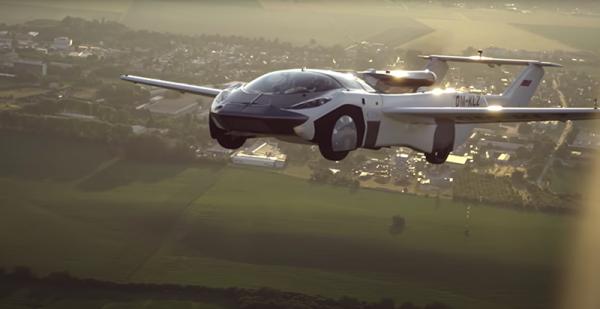 اولین پرواز آزمایشی خودروی پرنده مفهومی با موتور BMW